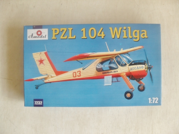 A MODEL 1/72 72032 PZL 104 WILGA Model Kit