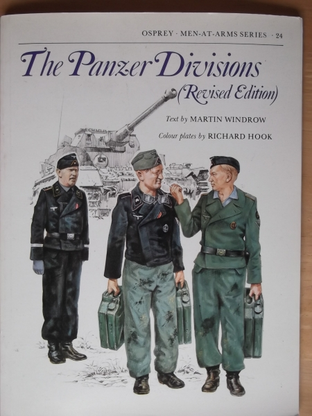 024. THE PANZER DIVISIONS  REVISED EDITION