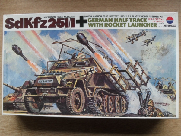 NITTO 1/35 388 Sd Kfz 251/1 w/ROCKET LAUNCHER Military