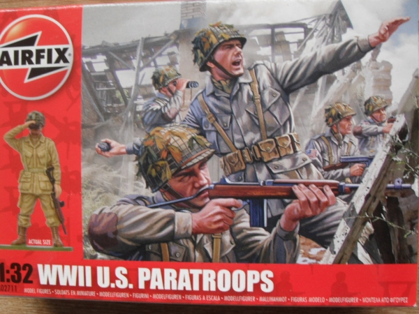 02711 WWII U.S. PARATROOPS