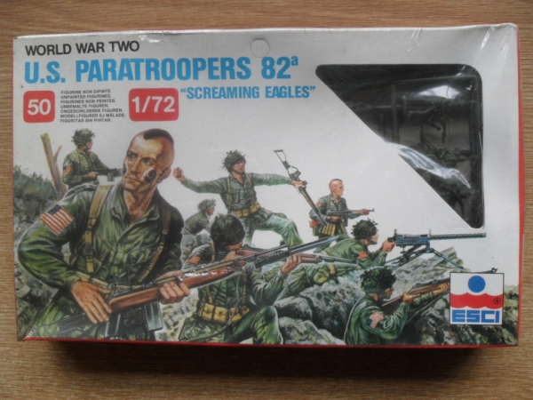 209 WWII US PARATROOPERS - 82nd SCREAMING EAGLES