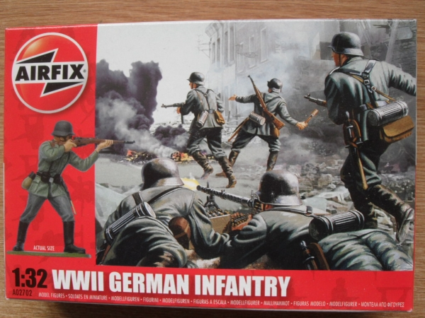 02702 WWII GERMAN INFANTRY