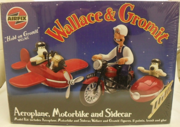 WALLACE AND GROMMIT AEROPLANE MOTORBIKE AND SIDECAR