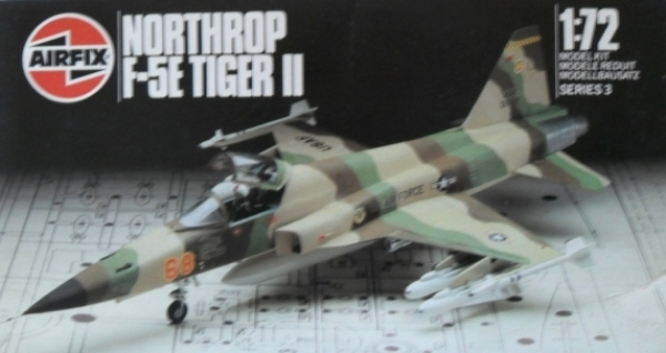 03040 NORTHROP F-5E TIGER II