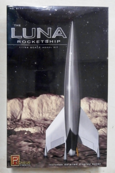 9111 THE LUNA ROCKETSHIP