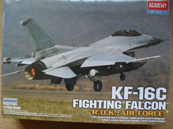 12418 KF-16C KOREAN FIGHTING FALCON