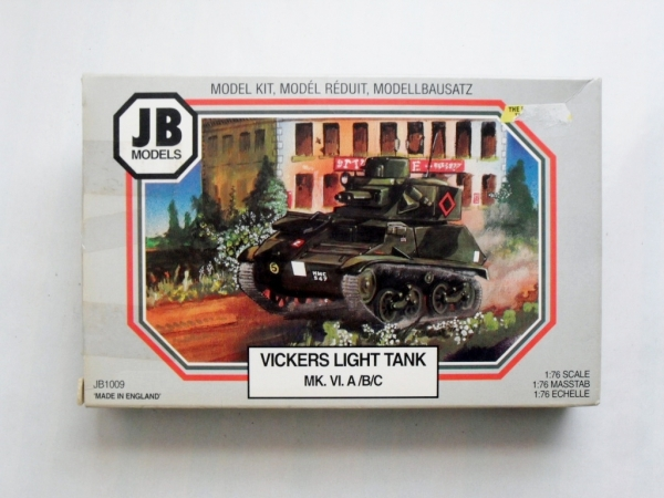 1009 VICKERS LIGHT TANK