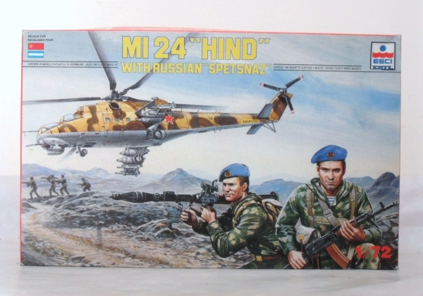 9076 Mi 24 HIND WITH RUSSIAN SPETSNAZ