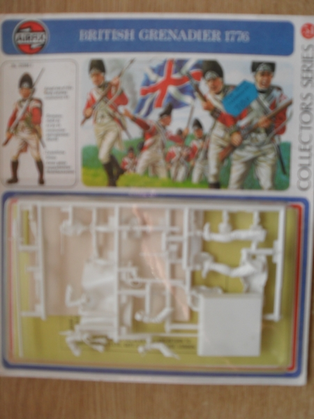 01556 1776 BRITISH GRENADIER