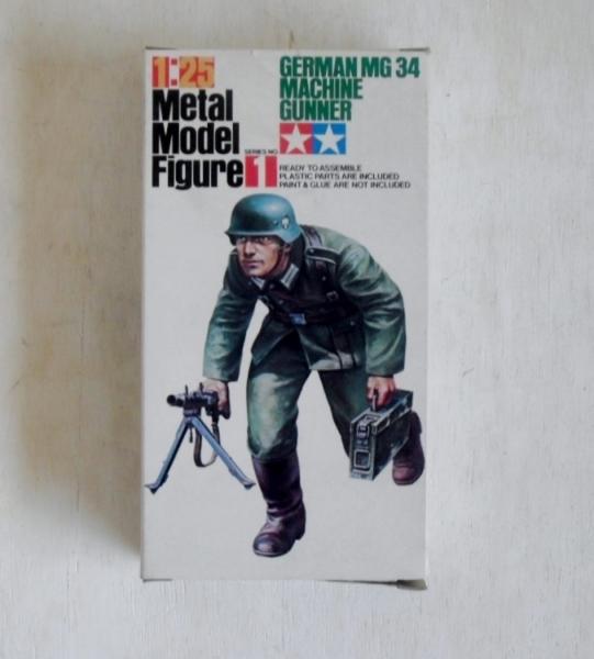 tamiya 1/25 mf001 german mg 34 machine gunner metal figure