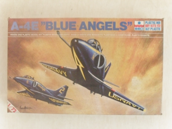 9010 A-4E BLUE ANGELS