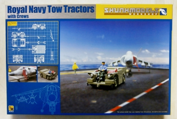 48017 ROYAL NAVY TOW TRACTORS WITH CREWS
