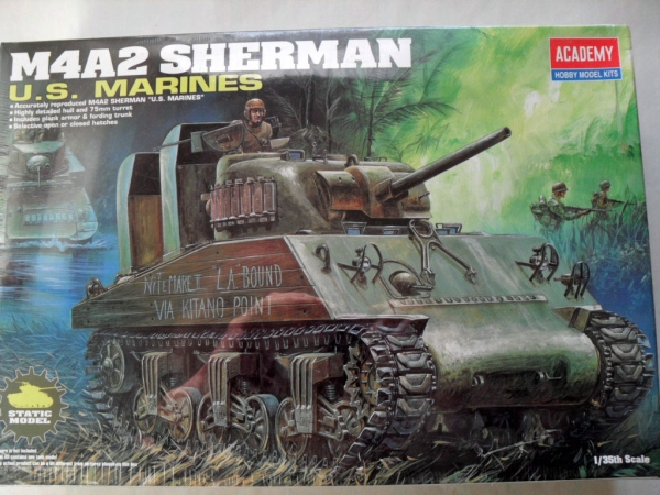 13203 M4A2 SHERMAN US MARINES