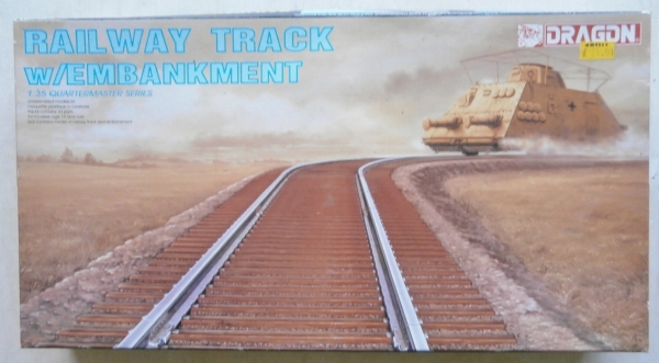 3825 RAILWAY TRACK w/EMBANKMENT