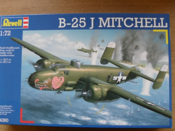 04360 B-25J MITCHELL SOLID NOSE VERSION