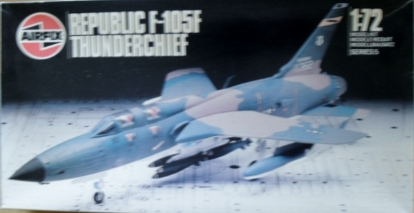 05016 REPUBLIC F-105F THUNDERCHIEF