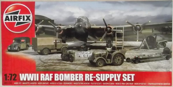 05330 WWII RAF BOMBER RE-SUPPLY SET