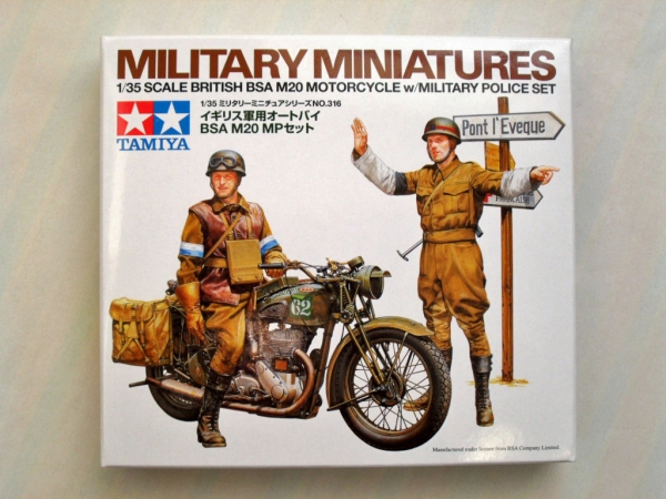 35316 BRITISH BSA M20 MOTORCYCLE WITH MILITARY POLICE