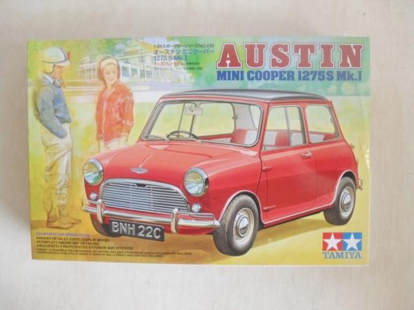 Tamiya 124 24235 Austin Mini Cooper 1275s Mk1 Model Kit