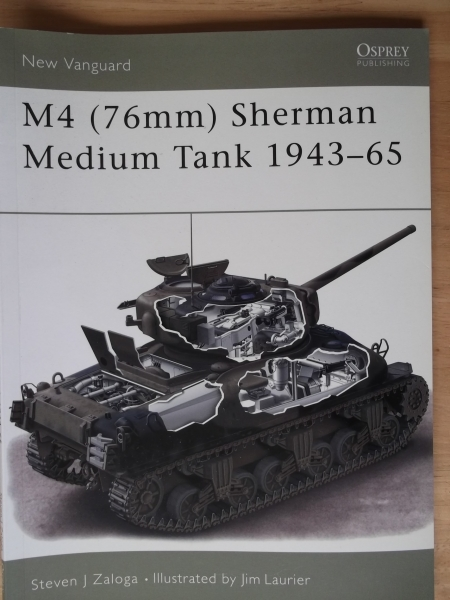 073. M4  76mm  SHERMAN MEDIUM TANK 1943-65