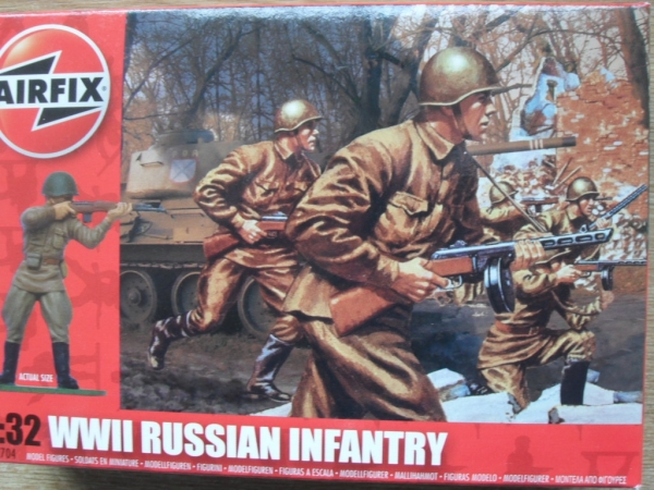 02704 WWII RUSSIAN INFANTRY