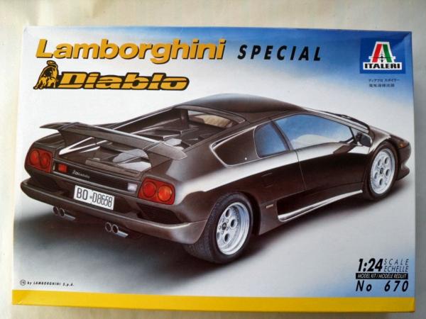 Italeri 1 24 670 Lamborghini Diablo Model Kit