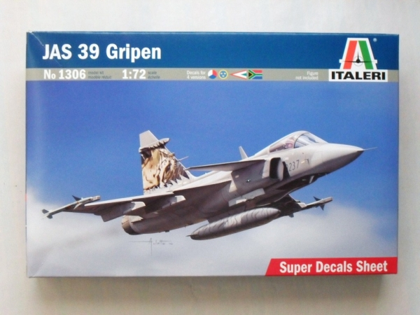 JAS 39 GRIPEN KIT 1:72 Italeri IT1306