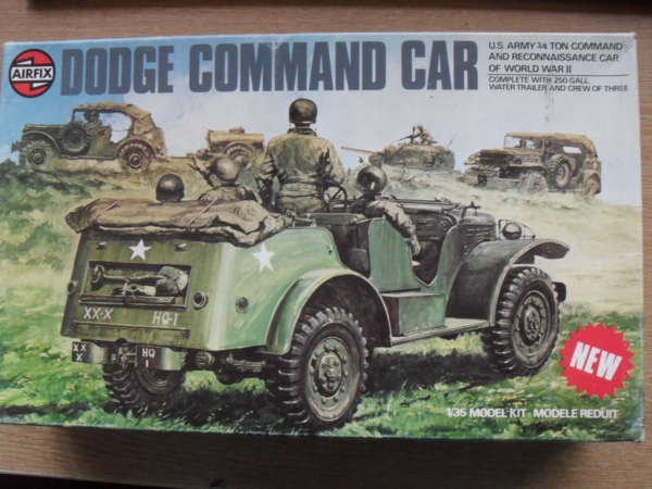 08361 DODGE COMMAND CAR
