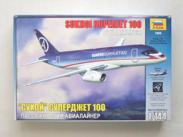 ZVEZDA 1/144 7009 SUKHOI SUPERJET 100 CIVIL AIRLINER