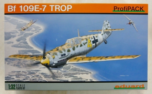 3004 MESSERSCHMITT Bf 109E-7 TROPICAL