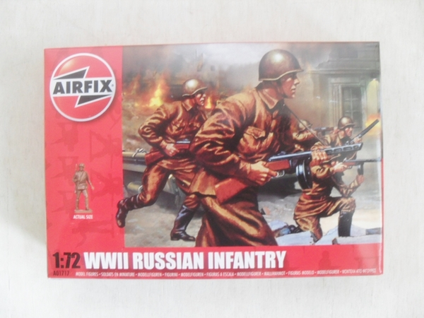 01717 WWII RUSSIAN INFANTRY