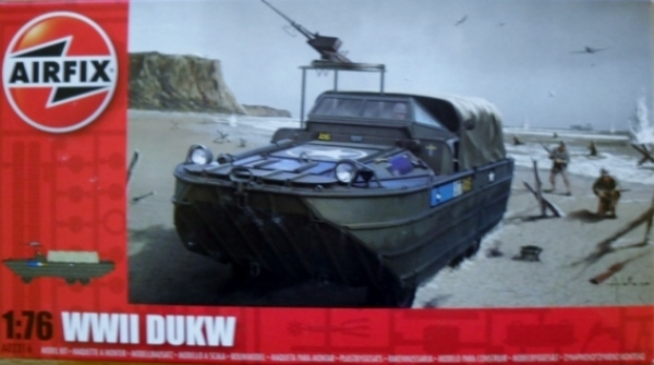 02316 WWII DUKW