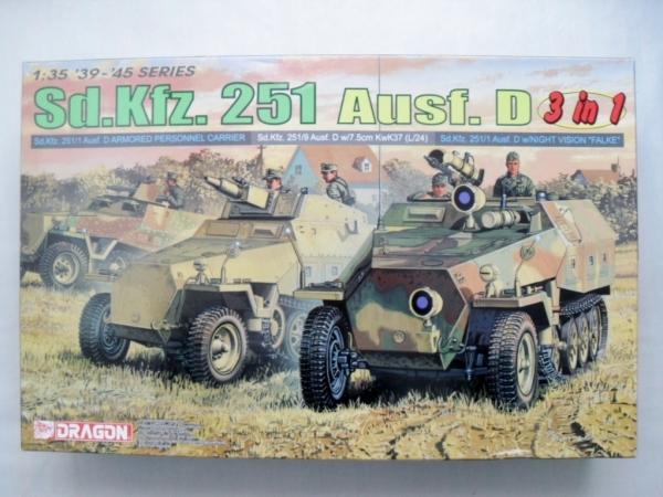 6233 Sd.Kfz.251 Ausf.D 3 IN 1