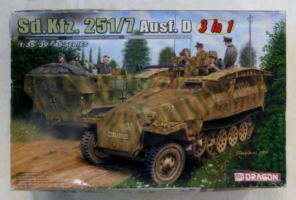 6223 Sd.Kfz.251/7 Ausf.D 3 IN 1