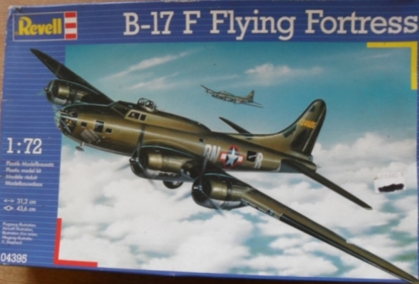 04395 B-17F FLYING FORTRESS