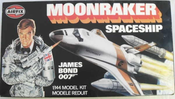 JAMES BOND MOONRAKER SPACESHIP