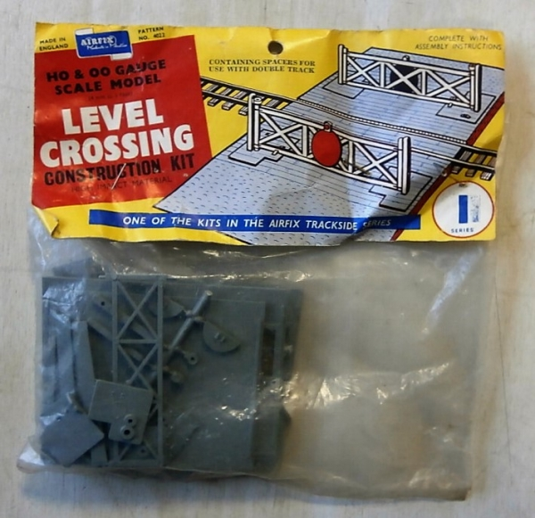 4022 LEVEL CROSSING TYPE I BAG