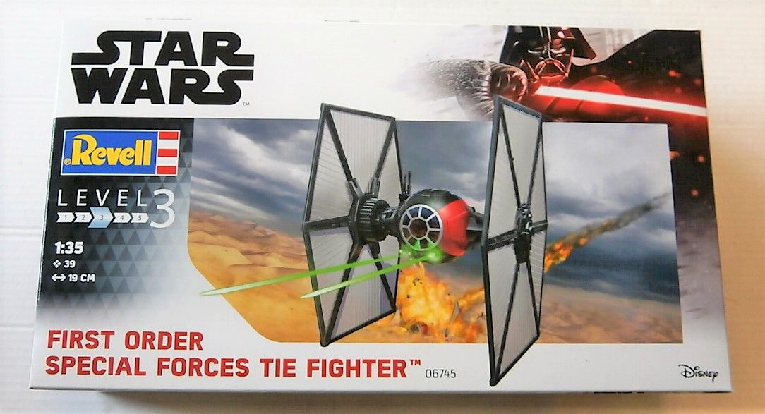 06745 STAR WARS THE FIRST ORDER SPECIAL FORCES TIE FIGHTER