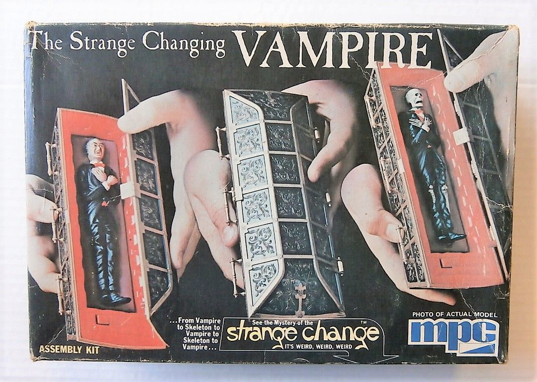 0901 THE STRANGE CHANGING VAMPIRE