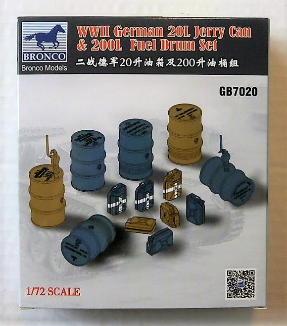 7020 WWII GERMAN 20L JERRY CAN   200L FUEL DRUM SET