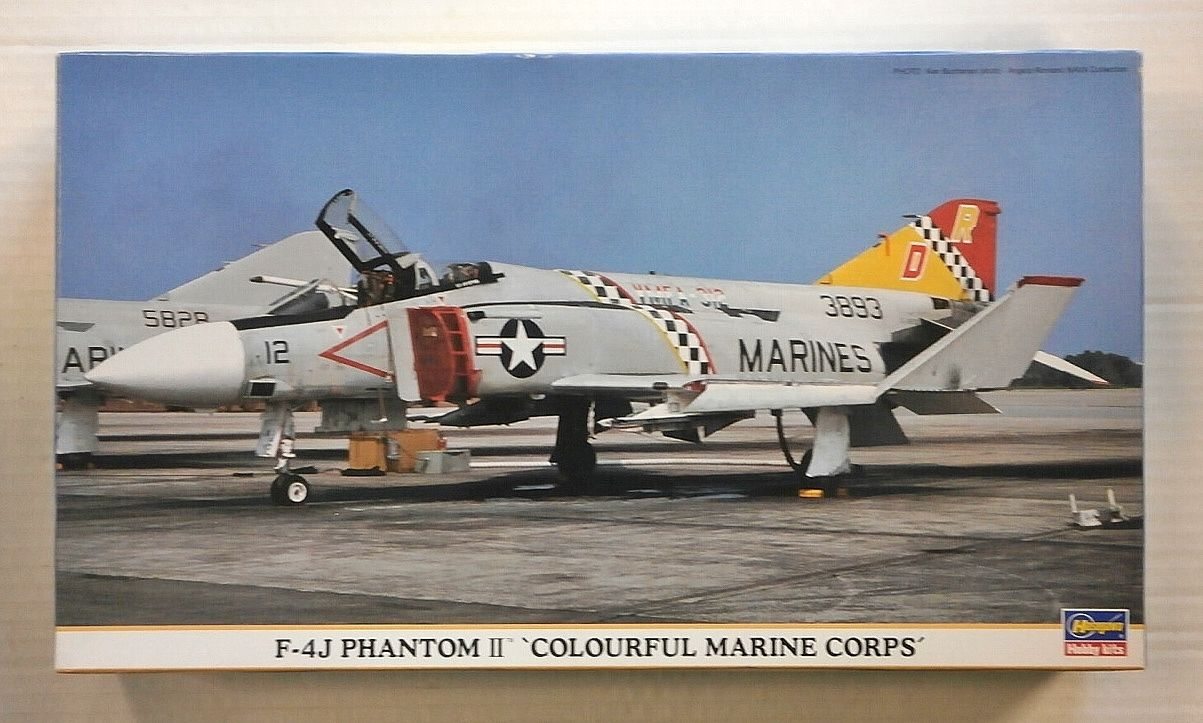 00812 F-4J PHANTOM II COLOURFUL MARINE CORPS