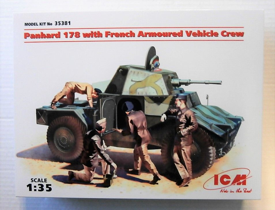 35381 PANHARD 178 WITH FRENCH ARMOURED VEHICLE CREW