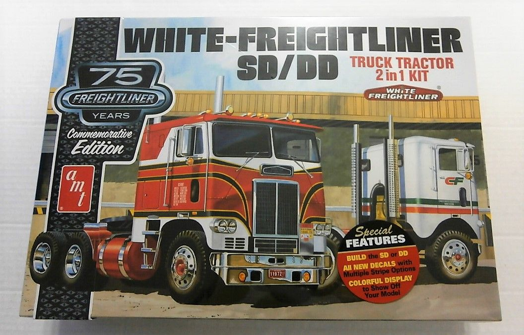 1046 WHITE-FREIGHTLINER SD/DD - TRUCK TRACTOR 2 IN 1 KIT