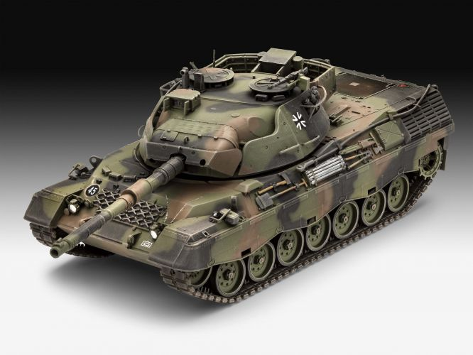 REVELL 1/35 03320 LEOPARD 1A5
