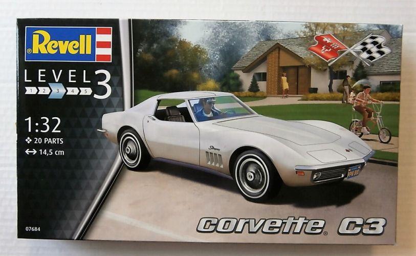 REVELL 1/32 07684 CORVETTE C3