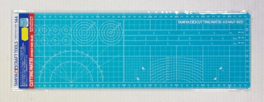 TAMIYA  74144 CUTTING MAT  A3 HALF-SIZE/BLUE