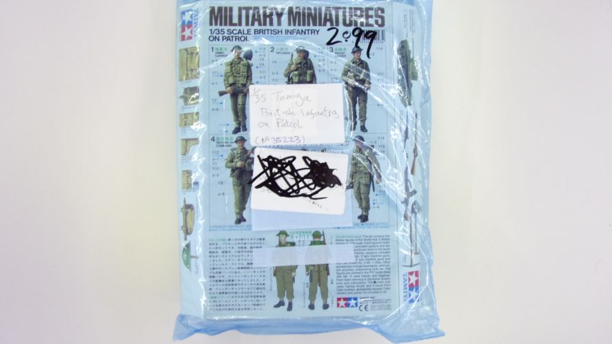 TAMIYA 1/35 BK221 35223 BRITISH INFANTRY ON PATROL  NO BOX