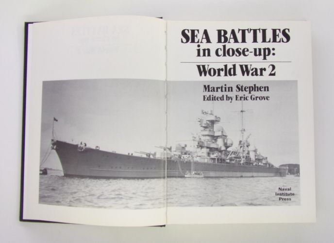 CHEAP BOOKS  ZB3066 SEA BATTLES IN CLOSE-UP WORLD WAR 2 - MARTIN STEPHEN