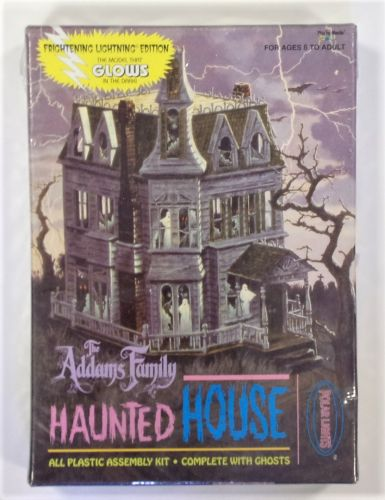 POLAR LIGHTS  5002 THE ADDAMS FAMILY HAUNTED HOUSE