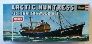 REVELL  H-082 FINDUS ARCTIC HUNTRESS